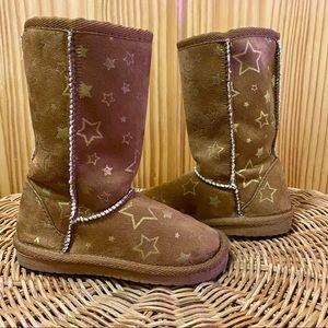 Airwalk vegan suede leather brown star furry boots